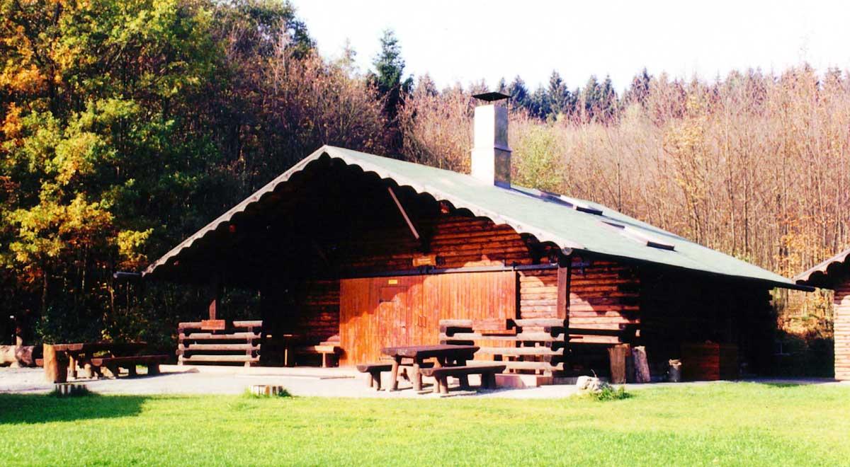 Alte Grillhütte in Holzhausen